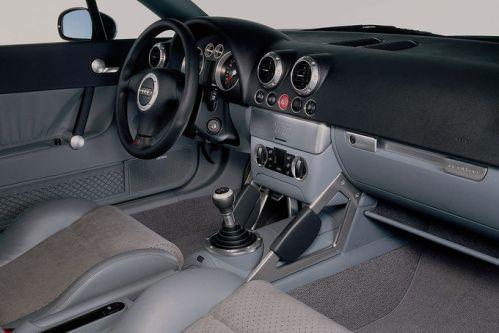 Audi-TT-Coup-1998-Cockpit-fotoshowImage-999f99bb-702723