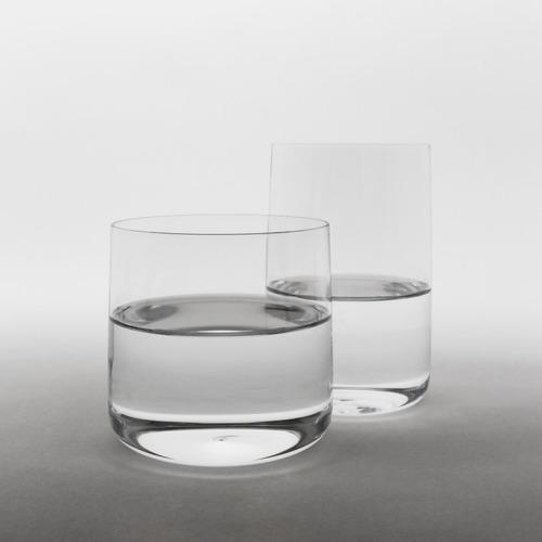 jasper-morrison-andos-glass-designboom-01