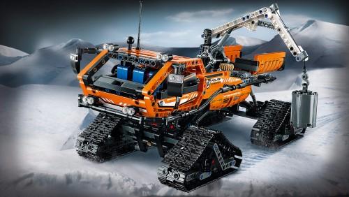 42038_Arctic-truck_01