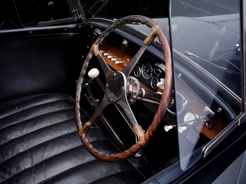 1932_Bugatti_Type-41_Royale_Coupe-de-Ville_body_by_Binder_Interior_01