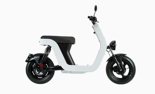 ME-elettric-scooter-designboom-01-818x500