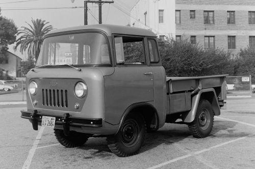 1957-forward-control-jeep-front-three-quarters