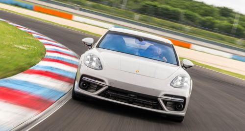 Porsche-Panamera-Turbo-rotationTeaserEntry-13784a60-964613
