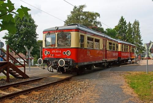 die-triebwagen-oberweissbacher-bergbahn-db-335517